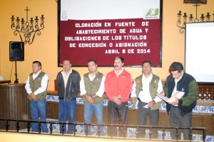 IMPARTEN-CAPACITACIÓN-SOBRE-CLORACIÓN-EN-FUENTES--DE-ABASTECIMIENTO-DE-AGUA-2