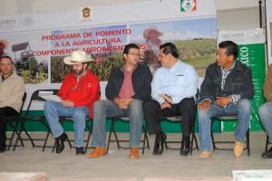_Incentivan--al-campo-de-Almoloya-de-Juárez